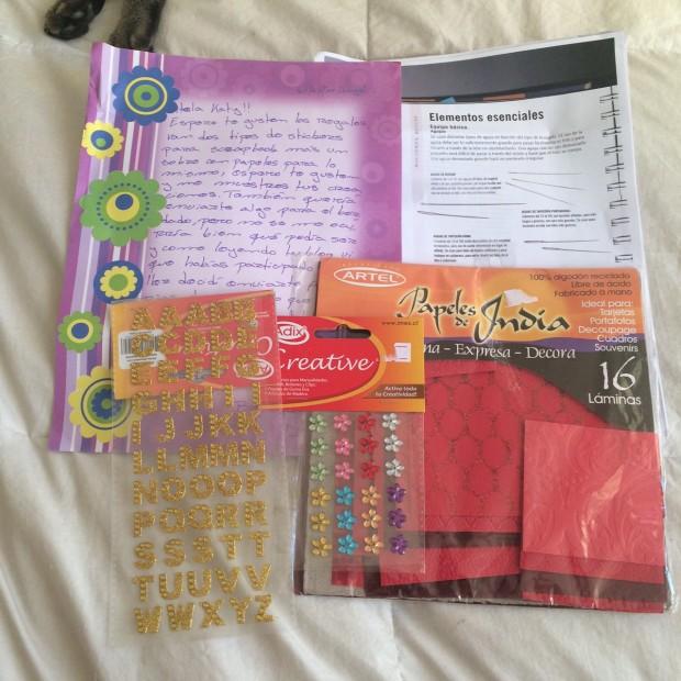 Esto fue lo que recibí de Natalia! Amé los papeles rojos para hacer mucas manualidades!